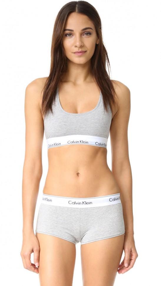 Женский комплект Calvin Klein серый: топ и шортики C13
